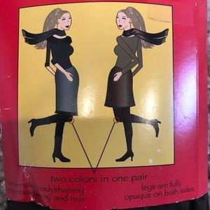 SPANX Accessories - NWT Spanx tight end reversible blk/brown tights D